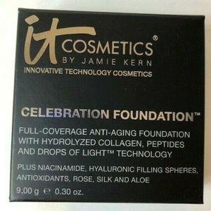 IT Cosmetics Foundation Compact Compact Powder